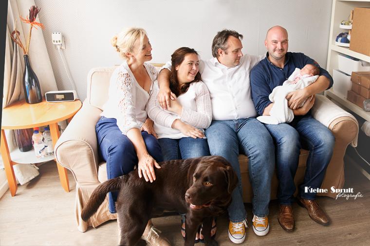 Kleine Spruit Fotografie-lifestyle-newborn-fotosessie-familie-daglicht-fotograaf-Leiden-Zuid-Holland-46